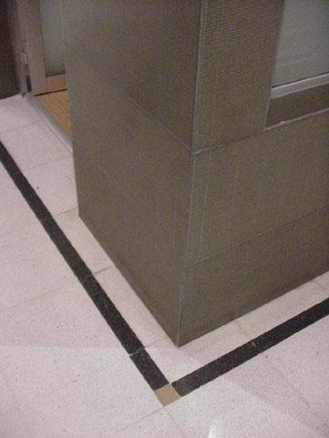 Detalle piso de mosaico.