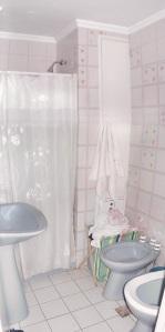 Baño pequeño con ducha