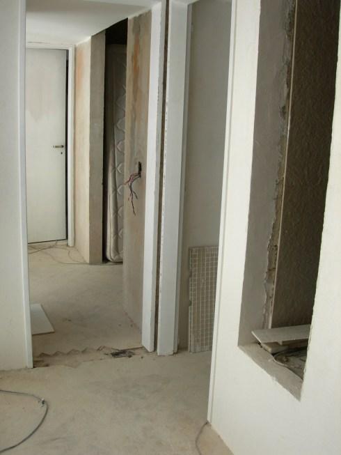 Dos dormitorios se convirtieron en suite con vestidor
