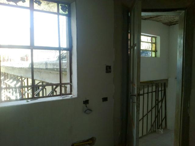 Desde dormitorio en entrepiso a terraza.