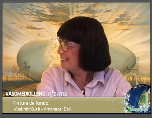 Nora Santana como una de las locutoras de VML Informa.